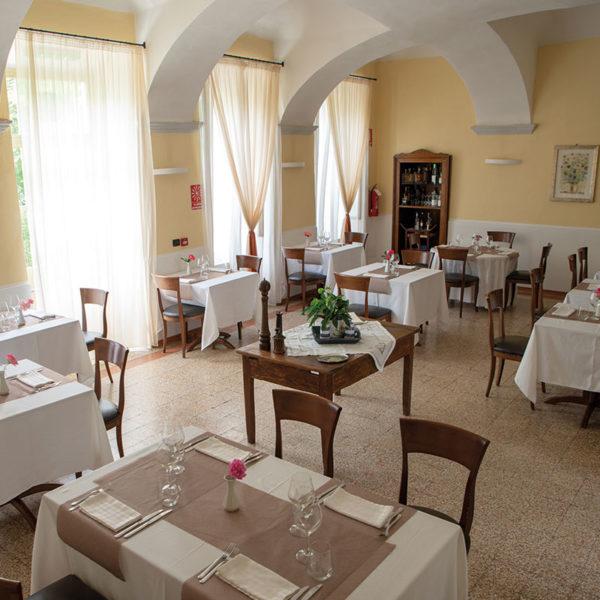 ristorante massimo-tavoli